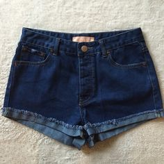 Classic Jean Shorts Brand new and never worn! Soft, premium denim short in classic blue jean wash. Features frayed cuff and full hidden button closures. Perfect for spring and summer! Wear to the beach or a pool party with your bikini ☀️ Shorts Jean Shorts