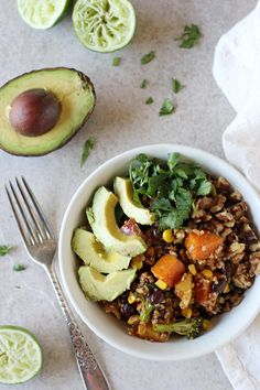 Recipe for healthy mexican nourish bowls. Ready in 45 minutes and packed with roasted veggies, whole grains, black beans and plenty of toppings! | @cmcashley | vegan, gluten free