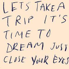 ¡Feliz Viernes!  #ideassoneventos #blog #bloglovin #organizacióndeventos #comunicación #protocolo #imagenpersonal #bienestarybelleza #decoración #inspiración #bodas #buenosdías #goodmorning #friday #viernes #happy #happyday #felizdía #consejodeldía #frasedeldía #quotes