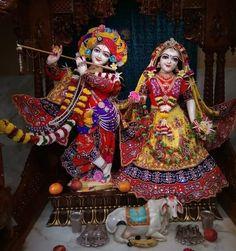 Krishna Art, Radhe Krishna, Gud Morning Images, Lord Krishna Images, Captain Hat, Hats, Good Morning Images, Hat, Hipster Hat