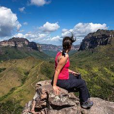 Qual a vista mais linda que você presenciou em uma viagem?  Pra gente a vista do Vale do Pati na Chapada Diamantina é uma das mais lindas. Um paraíso no interior da Bahia que vale a pena ser visitado! #NerdsNaChapadaDiamantina #NerdsNaBahia