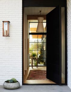 contemporary entry h