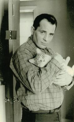 https://flic.kr/p/7QresX | jack kerouac with cat | 1965.photo by jerry bauer