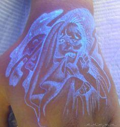 dark tattoos tattoo design Glow in the dark Tattoos Design Uv Ink Tattoos, Star Tattoos, Cool Tattoos, Tatoos, Black Light Tattoo, Dark Tattoo, Invisible Tattoo, Glow Tattoo, Psychedelic Tattoos