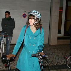 Lisboa On Bike �� Since 2011 �� Portugal - Cabo Verde - Brasil - Free look the Bike �� #freelookthebike #world #Lisbon #Lisboa #Bike �� #Cycle #Bicycle �� #Bicicleta #events #street #cycleway #ride #day #night #mood #sports #instagram #photo #photography #travel #fest #people #lifestyle #life #vida #instabicycle #cyclingshots #bikingrepost #bicyclemagazine - Photo by: Passeio das Luzes de Natal �� Lisboa - Ride light of the Christmas �� Lisbon - 2012…