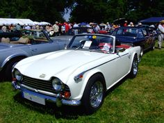 In 1967, the TR line was updated with servo-assisted brakes and a 2.5 L version of the straight-six engine that had been used in the Triumph 2000. Two different models were made: the TR250 with two Stromberg carburettors for the US market, and the TR5 with Lucas fuel injection for the rest of the world.