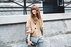 New_York_Fashion_Week_Spring_Summer_15-NYFW-Street_Style-Caroline_De_Maigret-Camel_Coat-Grey_Suit-Chanel_Bag-2