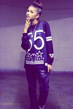 Zendaya Coleman I love her style! Zendaya Swag, Mode Zendaya, Estilo Zendaya, Zendaya Outfits, Zendaya Style, Swag Outfits, Cute Outfits, Zendaya Fashion, Tomboy Outfits