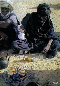 Africa | Preparing the tea.  Niger || Scanned postcard; publisher IRIS.  N° 7066