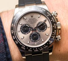 062d06602ab Rolex Cosmograph Daytona Watches In Gold With Oysterflex Rubber Strap    Ceramic Bezel Hands-On
