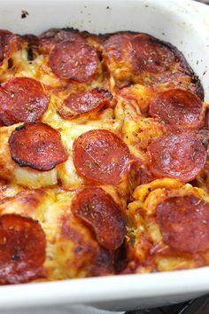 20 Minute Pizza Casserole  www.simplegreenmoms.com  #comfortfood #nomnom #familyfavorites #sosimple