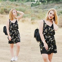 Get this look: http://lb.nu/look/8423523  More looks by Carina Gonçalves: http://lb.nu/carinag  Items in this look:  Dresslily Dress, Converse Sneakers, Dresslily Choker   #bohemian #preppy #romantic #fashionblogger #blogger #fashion #boho #bohostyle #girl