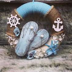 Coastal Wreath, Nautical Wreath, Deco Wreaths, Holiday Wreaths, Sea Crafts, Diy And Crafts, Sailor Baby Showers, Beach Ornaments, Beach Gifts
