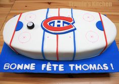 montreal canadiens cupcakes - Google Search Hockey Cakes, Montreal Canadiens, Butter Dish, Cake Pops, Marie, Cupcakes, Party Ideas, Dishes, Google Search