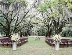 Amazing southern ceremony location, those trees are just stunning and clearly you don't need to add much to this ceremony location!
