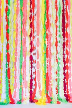 Party decor and photobooth idea: Basic Fringe Garlands DIY Creative Crafts, Diy And Crafts, Colorful Party, Diy Photo, Perfect Party, Party Fashion, Party Time, Party Party, Party Planning