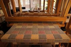 Atelier Woven Sweden 3: cute blanket . . .RP: notice the grouping of heddles on the lamms.
