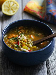 Healing Morrocan Lentil Soup- a warming vegan soup made with a healing blend of comforting spices. - To make this AB friendly, avoid the cayenne and chopped radish to garnish the soup - everything else is AB happy :) Soup Recipes, Whole Food Recipes, Vegetarian Recipes, Cooking Recipes, Healthy Recipes, Morrocan Lentil Soup, Moroccan Soup, Superfood, Vegetarian