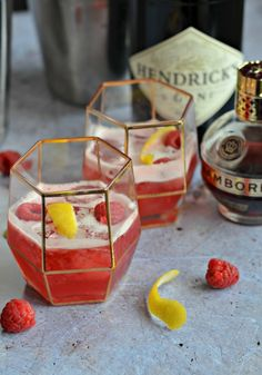 The Crazy Kitchen: Raspberry Chambord and Gin Sour Chambord Drinks, Vodka, Sour Drink, Champagne, Crazy Kitchen, Christmas Cocktails, Recipe Notes, Everyday Food, Dessert Recipes