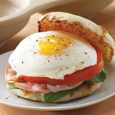 Fried Egg Sandwich - The Pampered Chef® Uses the Microwave Egg Cooker.  Order yours at www.pamperedchef.biz/sonyasanborn.