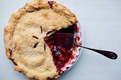 Plum and Raspberry Pie recipe: Perfect for breakfast—and dessert. Fun Desserts, Dessert Recipes, Breakfast Recipes, Breakfast Pie, Summer Desserts, Brunch Recipes, Breakfast Ideas, Plum Pie, Food 52