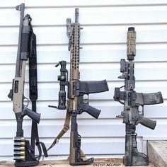 Airsoft Guns, Weapons Guns, Guns And Ammo, Anime Weapons, Cool Guns, Awesome Guns, Battle Rifle, Military Guns, Military Humor