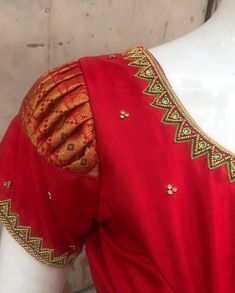 design colleges, jewelry sets for women rose gold, union tapestry dress, fashion band names , fashion show mall blouse models Kids Blouse Designs, Simple Blouse Designs, Stylish Blouse Design, Hand Designs, Traditional Blouse Designs, Pattu Saree Blouse Designs, Blouse Designs Silk, Designer Blouse Patterns, Pattern Blouses For Sarees