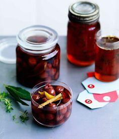 Mulled wine pickled cherries - Gourmet Traveller
