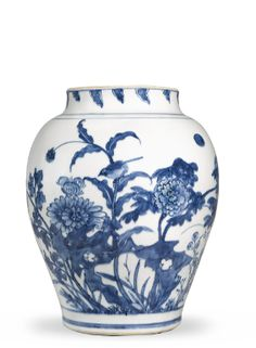 A BLUE AND WHITE 'BIRD AND PEONY' JAR CIRCA 1640 - Sotheby's