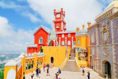 Sintra is a Portuguese gem! It's easily one of the most beautiful places you can (and should) visit in all of Portugal and certainly packs some punch when it comes to amazing sights to see. A mere