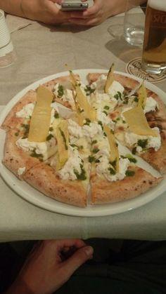Splendido locale shabby chic, pizza squisita e dolci fatti in casa - Recensioni su Malto e Farina Pizzeria Creativa, Spresiano - TripAdvisor