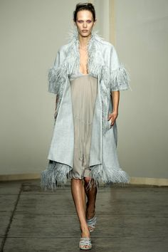 Donna Karan show at Fashion Week features romance and sophistication