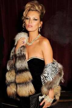 Kate Moss NYE dress guide. New Years Outfit. luxury outfits. Luxury New Years Eve. Take a look at: www.bocadolobo.com