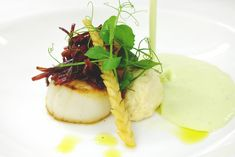 Scallops, foie mousse served with melon soup