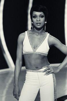 Lola Folana. Black Women: The Original Beauty Standard @www.joneshousepublishing.com