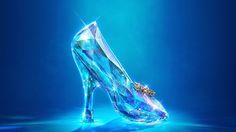 http://4.bp.blogspot.com/-gg0Yjj8XfeY/VHAby7eJLaI/AAAAAAABcBU/MhQ9LAHDD-4/s1600/Cinderella_2015_slipper.jpg