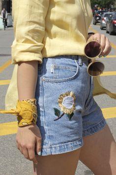 I love wearing bandanas round my wrist - such an interesting way to accesorise! On FASHIONETMOI.COM <3