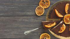Mind a tíz ujjad megnyalod: csokis-narancsos sajttorta | nlc Griddle Pan, Minion, Cheesecake, Desserts, Tailgate Desserts, Deserts, Grill Pan, Cheesecakes, Minions