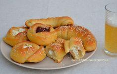 Ζύμη γιαουρτιού για αλμυρές και γλυκές εφαρμογές! (VIDEO) - cretangastronomy.gr Bagel, Doughnut, Cookies, Baking, Desserts, Food, Buns, Breads, Recipes