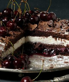Black Forest!!!!! - papatrexas.gr Greek Sweets, Greek Desserts, Party Desserts, No Bake Desserts, Delicious Desserts, Sweet Recipes, Cake Recipes, Dessert Recipes, Famous Desserts