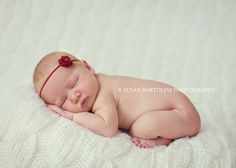 This little newborn sweetie was so good for our session. Baby Weeks, Pvc Projects, Baby Poses, Newborn Baby Photography, Photographing Babies, Newborns, Photography Ideas, Photo Ideas, Children