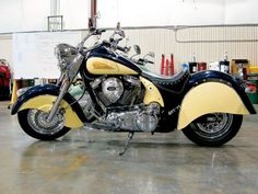 Green and Cream Indian Motorcycle, future bike...maybe after the Harley! Hey a girl can dream right?!