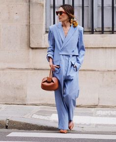 One piece jumpsuit Street style, street fashion, best street style, OOTD, OOTD Inspo, street style stalking, outfit ideas, what to wear now, Fashion Bloggers, Style, Seasonal Style, Outfit Inspiration, Trends, Looks, Outfits.