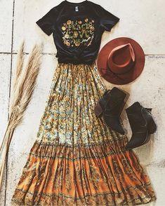 Boho Style Set Bohemian Fashion, Boho Chic Style, Maxi Hippie Rock, Gypsy Top und Boho Hut S Looks Hippie, Look Hippie Chic, Estilo Hippie Chic, Boho Chic Style, Moda Hippie, Boho Outfits, Cute Outfits, Hippie Chic Outfits, Hippie School Outfit