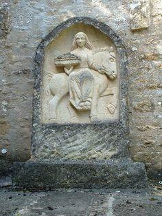 Epona: Keltisk gudinde for heste, æsler og muldyr.