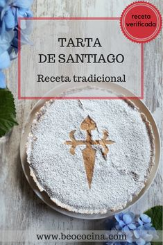 The most typical cake of an icon of the city of Here you have the original recipe of the almond cake of Santiago according to the BOE. Sweet Recipes, Cake Recipes, Dessert Recipes, Tea Loaf, Spanish Desserts, How To Stack Cakes, Around The World Food, Spice Cake, Almond Cakes