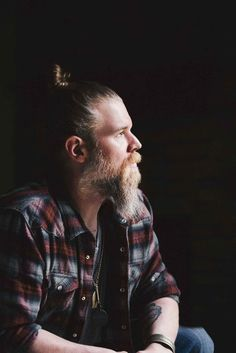 Photo of Ryan Hurst from Urban Beardsman.
