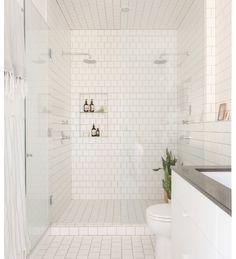 Lorimer Street Townhouse - Loft Home for a Family of Four Bathroom Niche, Bathroom Renos, Bathroom Interior, Master Bathroom, Tiled Bathrooms, Bathroom Cabinets, Bathroom Faucets, Serene Bathroom, Bathroom Partitions