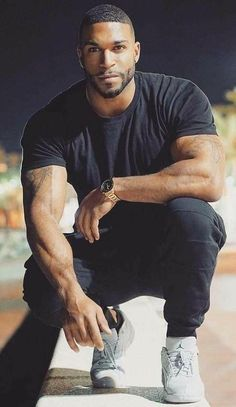AfricanEssence by Shila Iris My adoration for Strong Beautiful Men, Be Clean Brothas. Fine Black Men, Gorgeous Black Men, Hot Black Guys, Handsome Black Men, Black Boys, Fine Men, Strong Black Man, Handsome Man, Chocolate Men