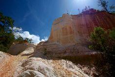 Trails through Colorful Sandstone: Hiking Providence Canyon in Georgia #hiking #georgia